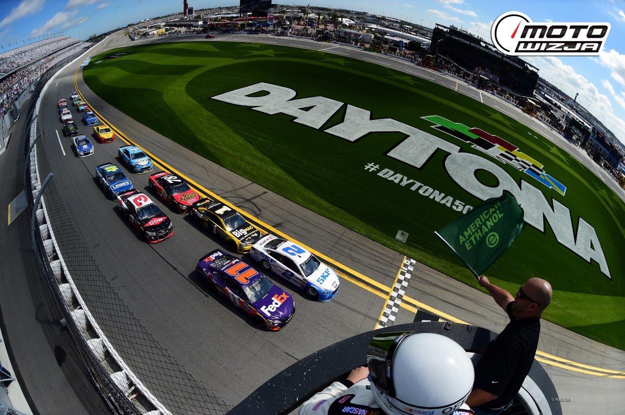 WYŚCIGI NASCAR NA ŻYWO, TYLKO W MOTOWIZJI!