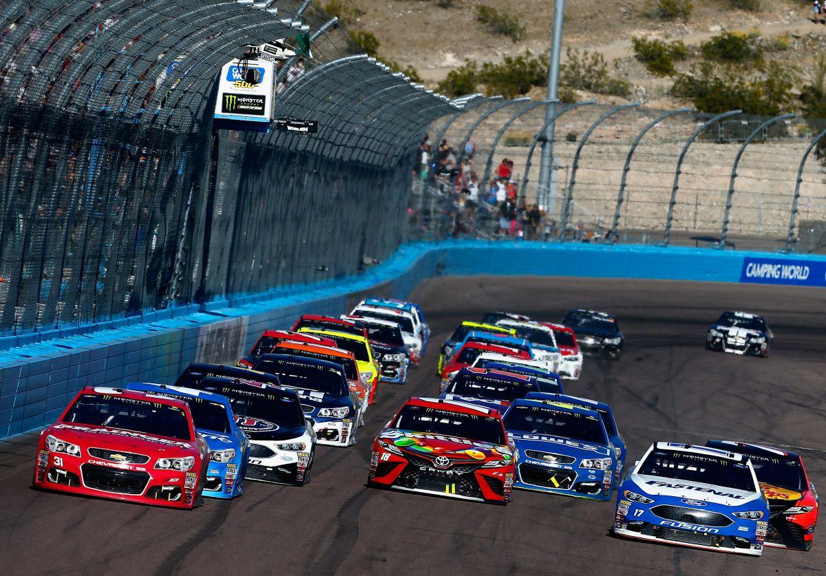 NASCAR 2017: Zapowiedź Phoenix Can-Am 500
